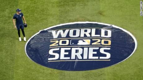 그것's time for the World Series and it's going to be a weird one
