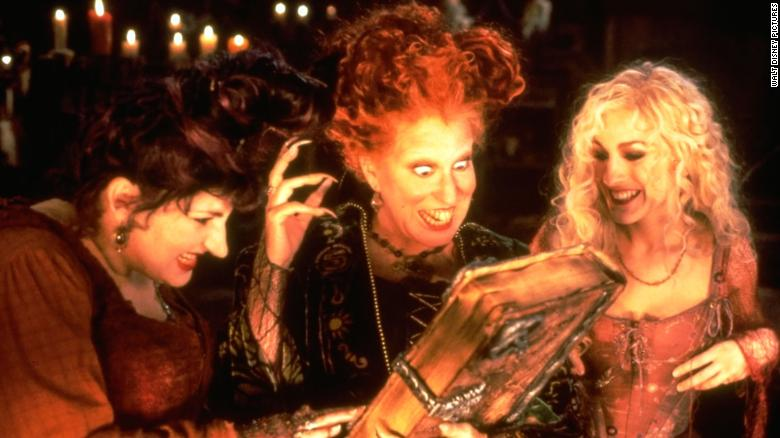 Bette Midler, Sarah Jessica Parker and Kathy Najimy reunite for 'Hocus Pocus' reunion alongside Meryl Streep and more