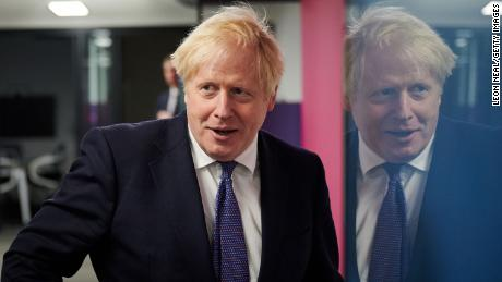 نخست وزیر انگلیس بوریس جانسون در 5 اکتبر از دفتر مرکزی Octopus Energy در لندن بازدید کرد