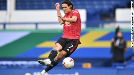 Edinson Cavani scores  Manchester United's third goal in the 3-1 win over Everton.