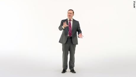 "Apple brings back John Hodgman's hapless ""PC"" to troll new Mac features"