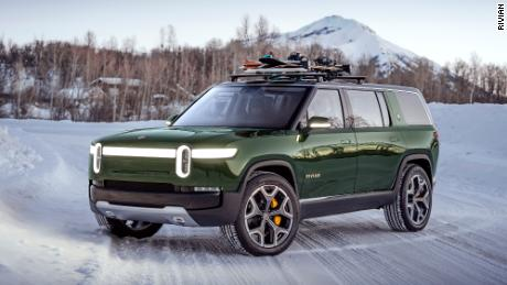 Rivian's R1S SUV will start at $70,000 and have more than 300 miles of range.