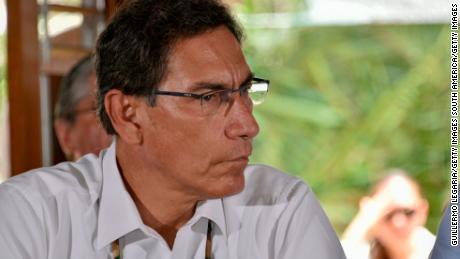 & # 39؛ اسکینڈل کا ایک قص foreہ پیش گوئی کی گئی ہے & # 39 ؛: ویکسین کا غبار پیرو میں منتخب عہدیداروں کے بدانتظامی کی طویل تاریخ کو اجاگر کرتا ہے