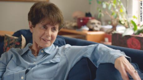 "HBO documentary ""Crazy, Not Insane&인용; takes a closer look at the pioneering work of psychiatrist Dorothy Otnow Lewis on what makes murderers tick."