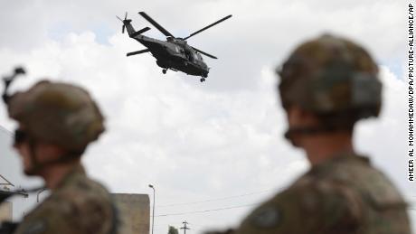 بائیڈن کے اقتدار سنبھالنے سے قبل امریکہ نے افغانستان اور عراق میں مزید فوجی دستوں کا انخلا کا اعلان کیا