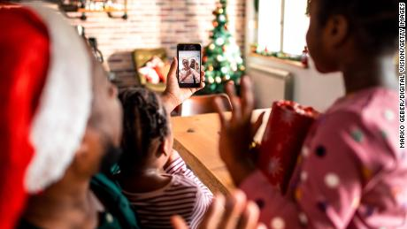5 tips for hosting a virtual holiday party