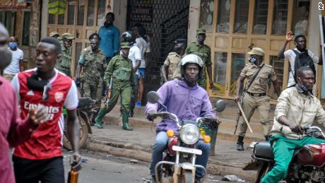 Death toll climbs in Kampala as protests over Bobi Wine's arrest continue