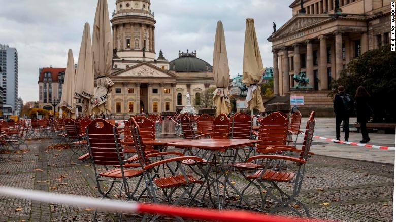 Germany enters harder lockdown to curb coronavirus cases