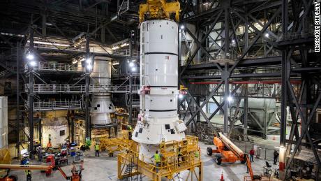NASA begins assembling the rocket for Artemis moon mission