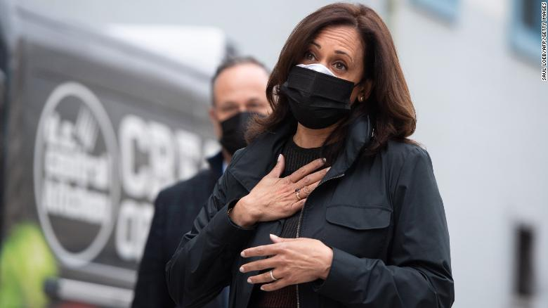 Kamala Harris called a nurse on Thanksgiving to thank her for fighting on the Covid frontlines