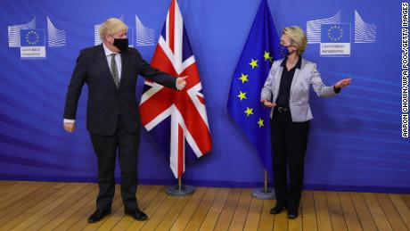UK Prime Minister Boris Johnson and European Commission President Ursula von der Leyen meeting in December 2020 for talks on a post-Brexit trade deal.