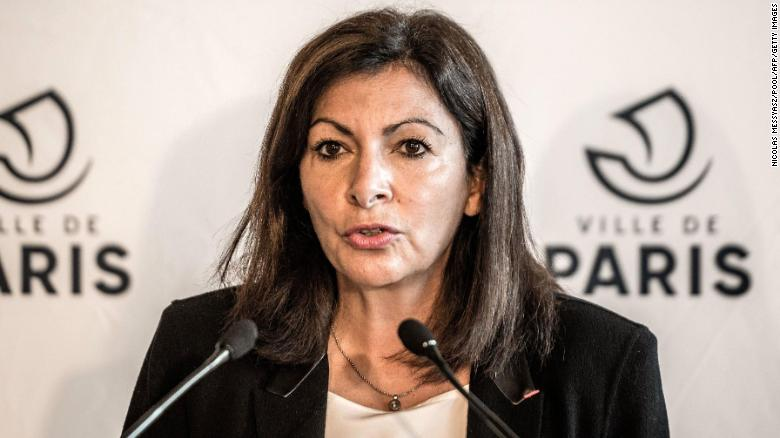 Paris mayor mocks fine imposed for hiring too many senior women