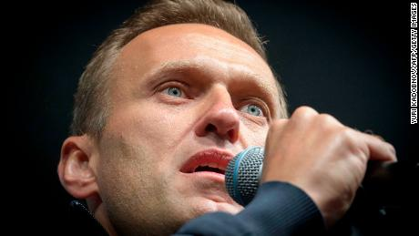 Russian opposition leader Alexey Navalny dupes spy into revealing how he was poisoned