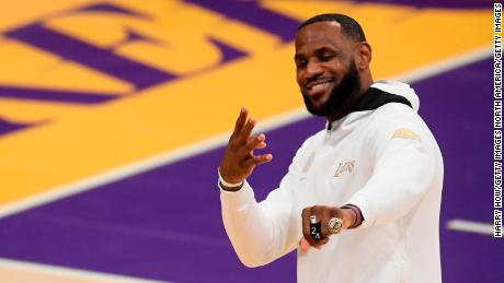 NBA: Los Angeles Lakers receive Championship rings -- and then lose their season opener