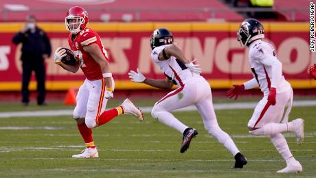 Chiefs tight end Travis Kelce broke the record for receiving yards in a single season for a tight end, with a 98-yard receiving performance against the Falcons on Sunday.