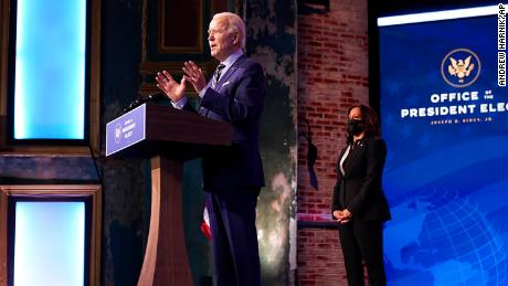 Covid-19: Biden says Trump vaccine roll-out is 'falling behind'