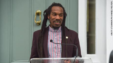 "Poet Benjamin Zephaniah rejected an OBE, adding he is ""profoundly anti-empire.&报价;"