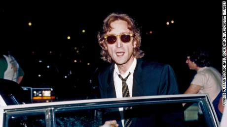 John Lennon returned his MBE and criticized UK authorities for foreign policy decisions.