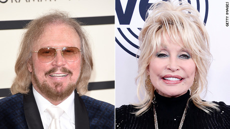 "Bee Gees singer Barry Gibb (sinistra) and Dolly Parton (destra) have teamed up for a remake of the Bee Gees' classic song ""Words."""