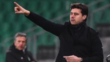 Pochettino gestures during the match against St Etienne.