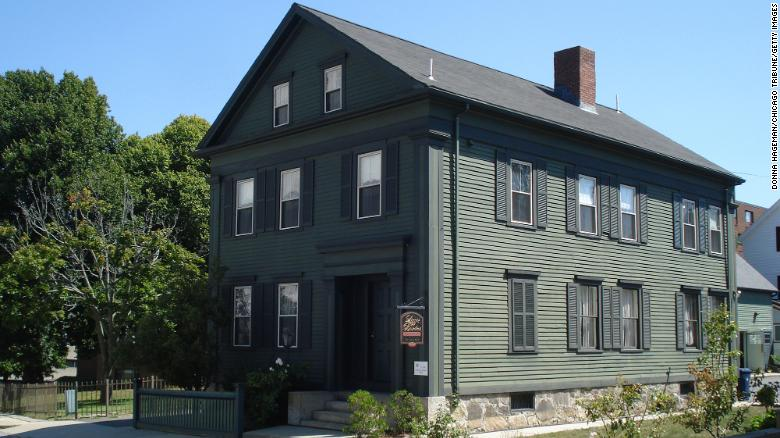 Lizzie Borden house hits the market for $  2 miljoen