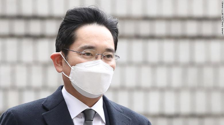 Samsung's Lee sentenced to 30 months in prison in corruption retrial