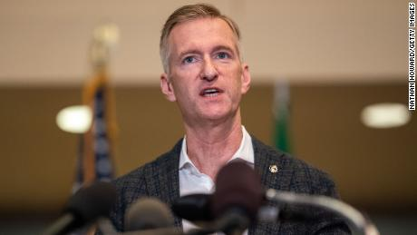 Portland mayor tells police he pepper-sprayed a man who harassed him over mask policies