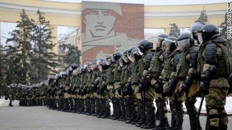 Police block the way during a protest against the detention of Navalny in Volgograd on Sunday.