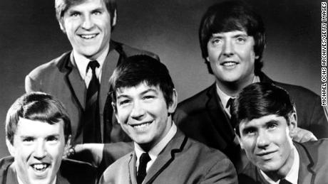 The Animals pose for a promotional photo in 1964. Left to right: John Steel,  Alan Price, Eric Burdon, Chas Chandler and Hilton Valentine.