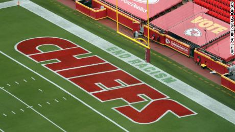 "The Chiefs play on a field with the words ""End Racism&인용; stenciled into the end zone."