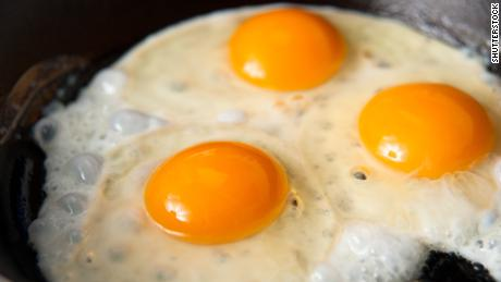One large egg can have about 185 milligrams of cholesterol.