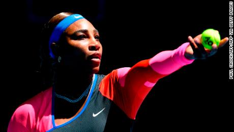 Serena Williams powers through in Australian Open as Venus bows out
