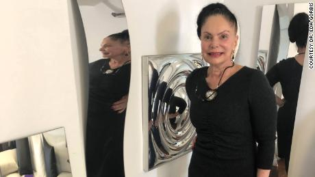 "Dr. Eda Gorbis with her ""crooked mirrors,&kwotasie; which she developed for treatment of body dysmorphic disorder."