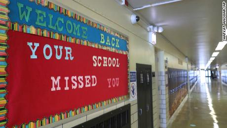 Chicago Public Schools reopen for grades K-5