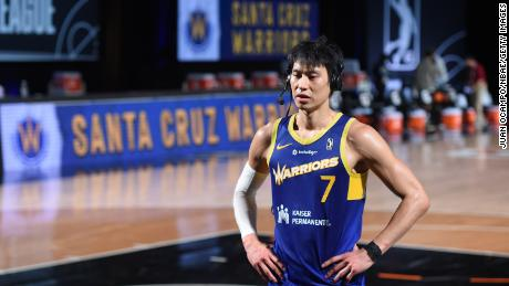 NBA veteran Jeremy Lin says he's been called 'coronavirus' sul campo