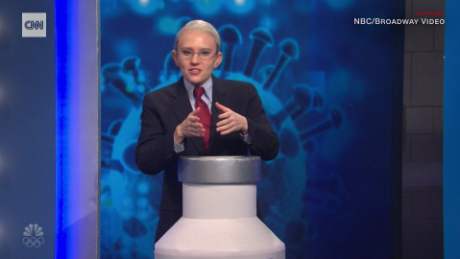 'SNL' has Dr. Fauci hand out coronavirus vaccines on a game show