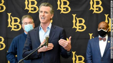 """This is gonna be stubborn, this is gonna be challenging,&인용; Newsom said Thursday."