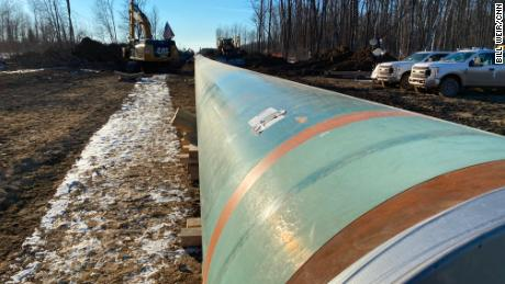 As spring thaws the Minnesota ice, a new pipeline battle fires up