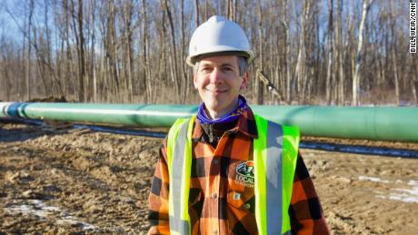 Kevin Pranis said pipeline construction is good work for laborers and that the oil that flows through is only harmful to the environment when used by consumers.
