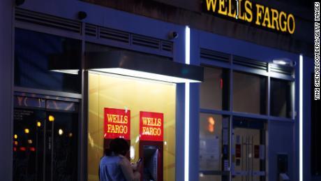'Racial bias runs deep' at America's largest banks, study says