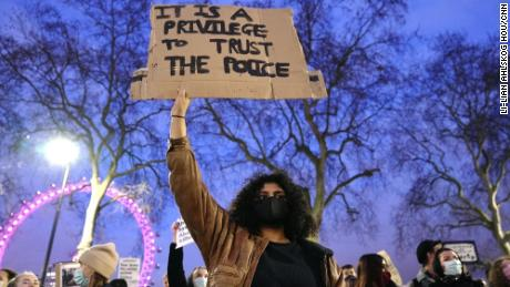 برطانیہ کو صنف پر مبنی تشدد کے حساب کتاب کا سامنا ہے۔  بورس جانسن کی حکومت نے اس پر اپنا ردعمل ظاہر کیا ہے