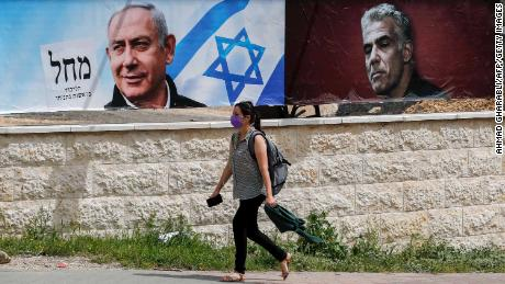 Deadline looms for Netanyahu to build new government in Israel