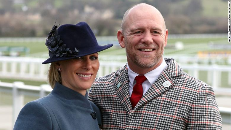 Zara Tindall, Queen Elizabeth II's granddaughter, gives birth at home
