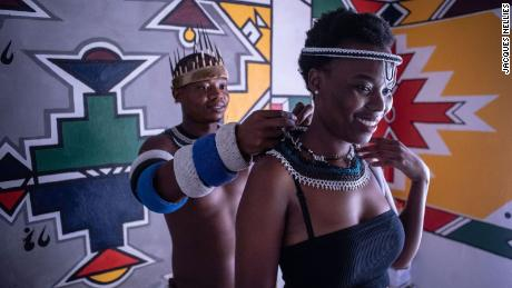 Author and cultural activist, Thando Mahlangu consistently promotes Ndebele culture in South Africa, despite the challenges he encounters in doing so.