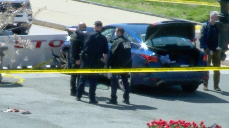 Car rams U.S. Capitol barricade, injuring 2 cops; suspect shot