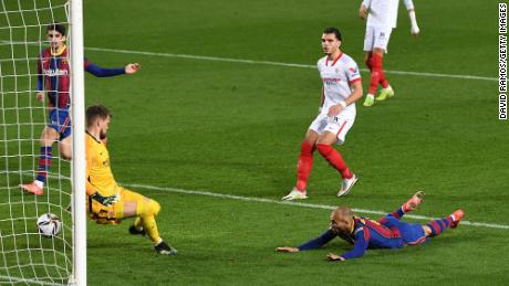 Braithwaite scored an important third goal against Sevilla to secure Barcelona's place in the Copa del Rey final.