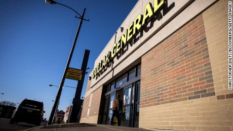 Dollar General will hire 20,000 workers