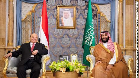 Yemeni President Abdu Rabu Mansour Hadi and Saudi Crown Prince Mohammed bin Salman hold a meeting in Jeddah on May 31, 2018.