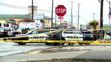 San Antonio police officer shot in hand; 2 suspects dead, third injured