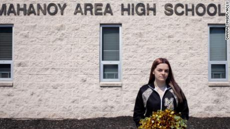 Supreme Court grapples with First Amendment rights of schoolchildren in cheerleader case